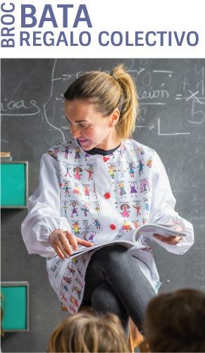 Bata profesora personalizada con los nombres y los dibujos de los niños