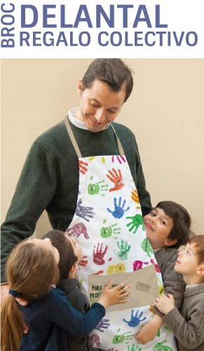 Delantal personalizado con los nombres y las manos de niños