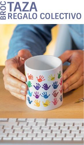 Taza personalizada con los nombres y las manos de los niños